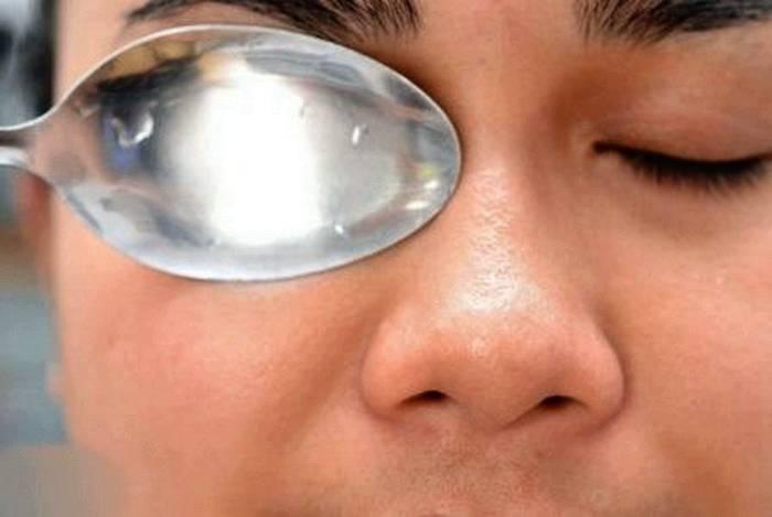 Как убрать опухшие от слез глаза. как убрать отеки глаз после слез? | школа красоты