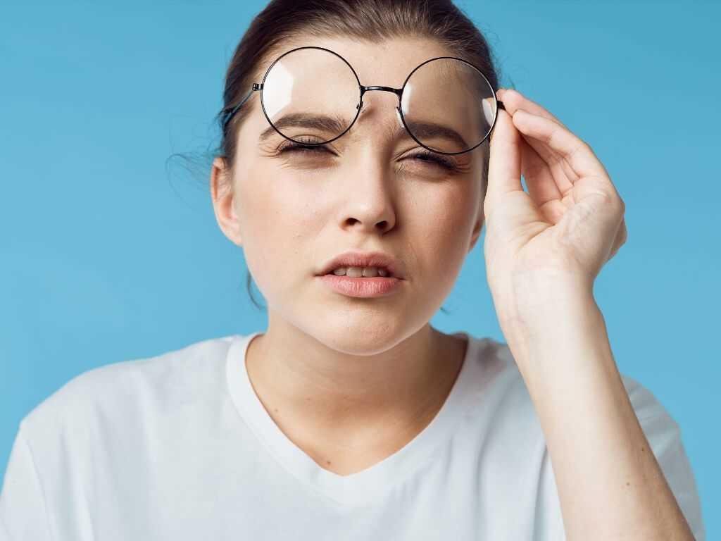 Ухудшение зрения из-за прокола ушей
