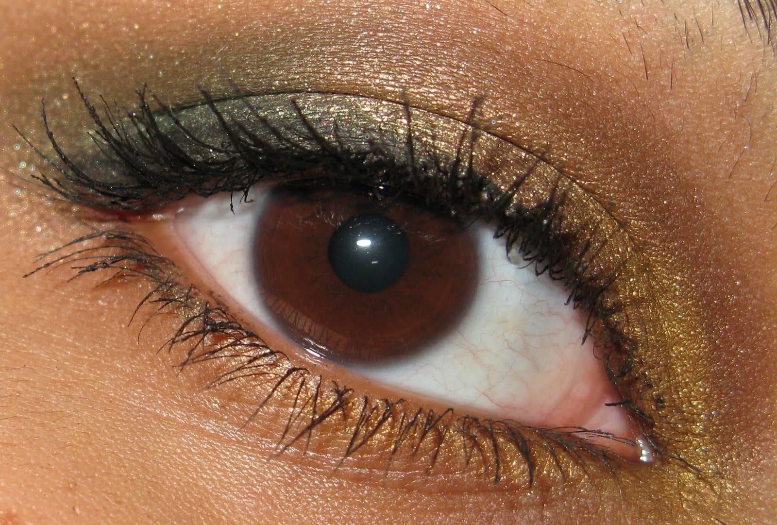 Цвет антрацит в одежде: сдержанный шик угольно-серого