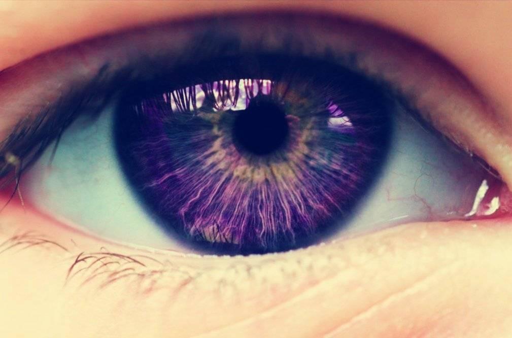 Фиолетовые глаза уникальности — posmotre.li