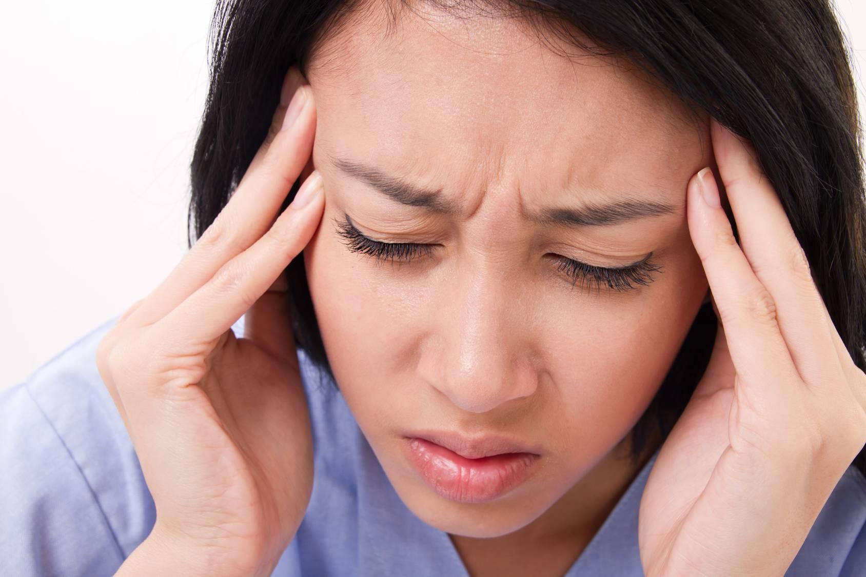 Ухудшается зрение и болит голова причина