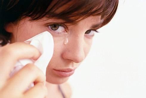 Болит голова и слезятся глаза при простуде что делать