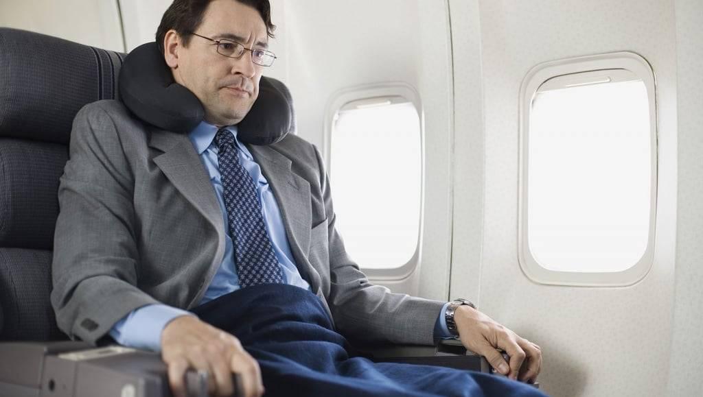 Можно летать на самолете после операции на сетчатке