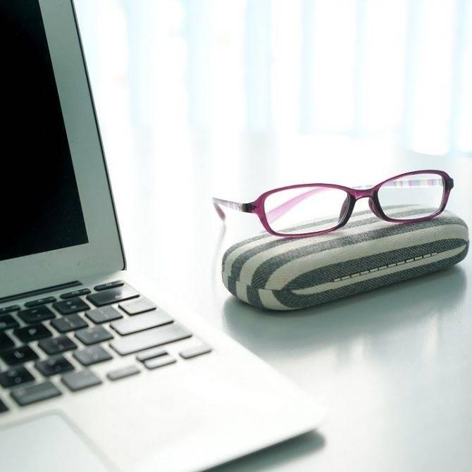 Компьютерные очки: принцип действия, польза и вред