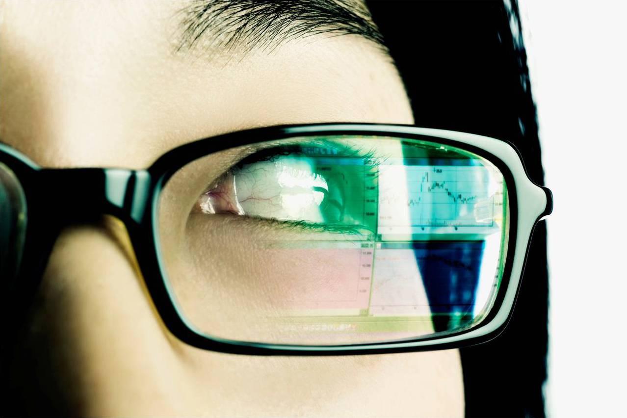 Симптомы слепоты. можно ли ослепнуть от компьютера и телефона? нарушение мозгового кровообращения