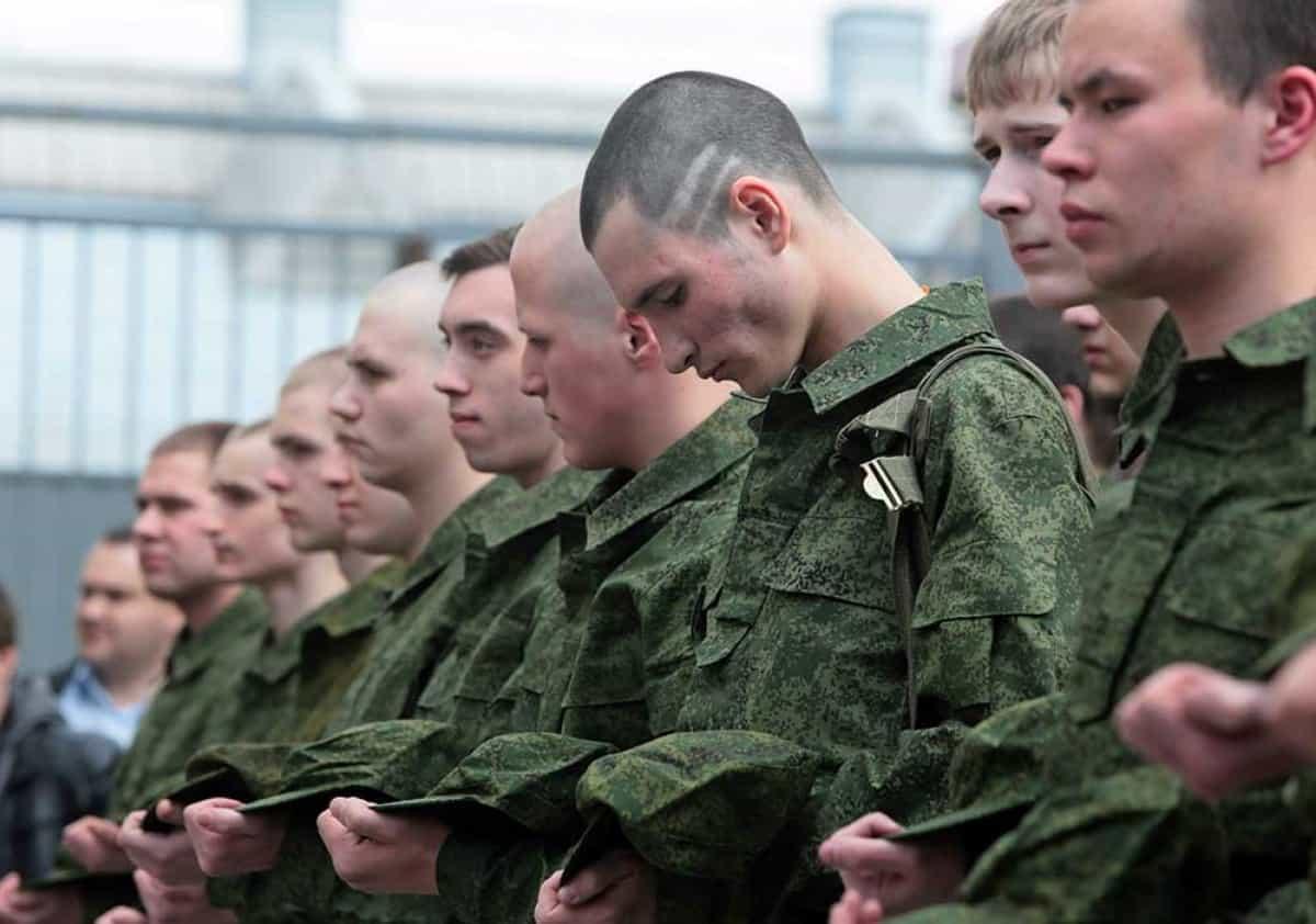Зрение и армия. с каким зрением не берут в армию?