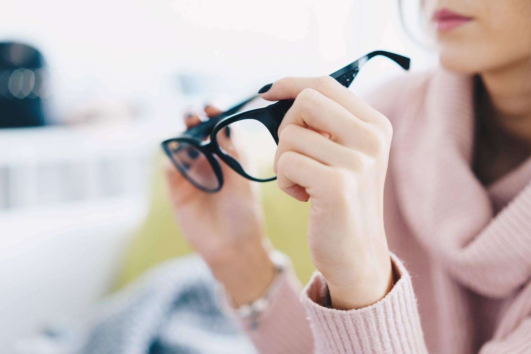 Какие телефоны портят зрение и топ лучших экранов смартфонов – windowstips.ru. новости и советы