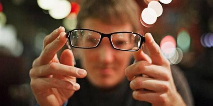 10 опасных глазных симптомов, все о глазах на портале vseozrenii.