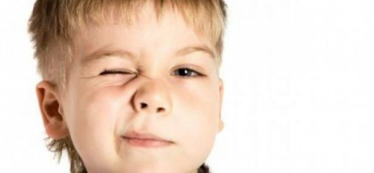 Психосоматика нервного тика, почему дергается глаз