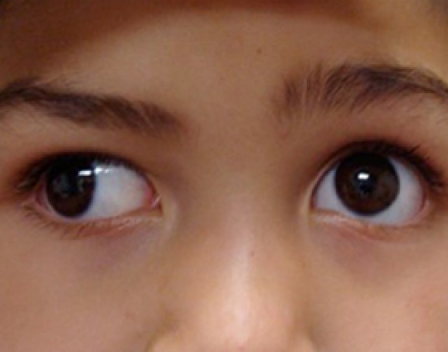 Пристальный прямой взгляд в глаза – признак сильного чувства