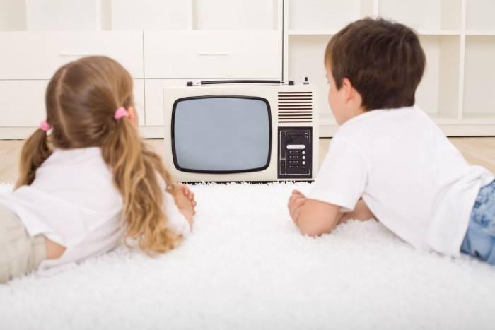 Глаза ребенка и телевизор: почему портится зрение. сайт «московская офтальмология»