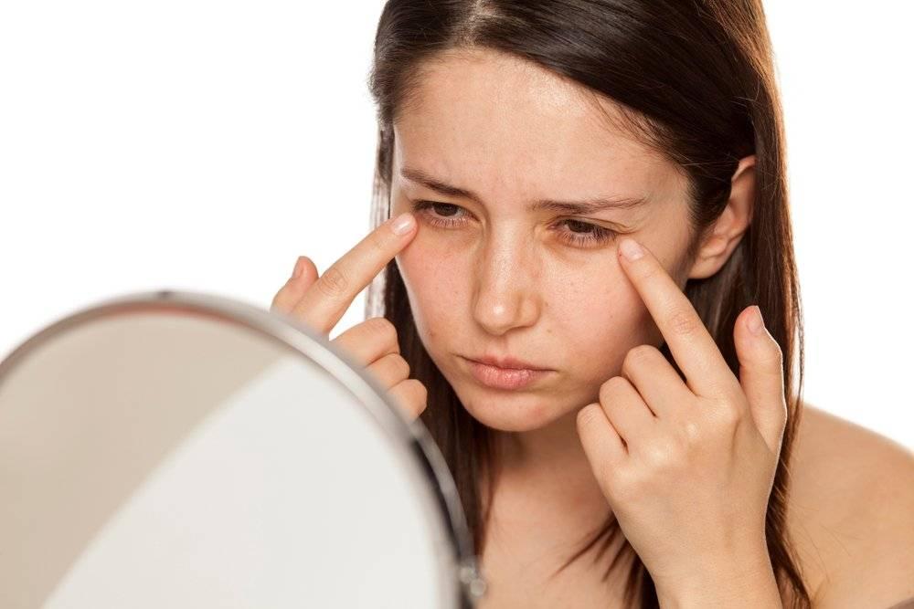 Красные глаза утром после сна причины и лечение