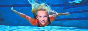 Можно ли плавать в линзах в бассейне и в море: личный опыт и рекомендации