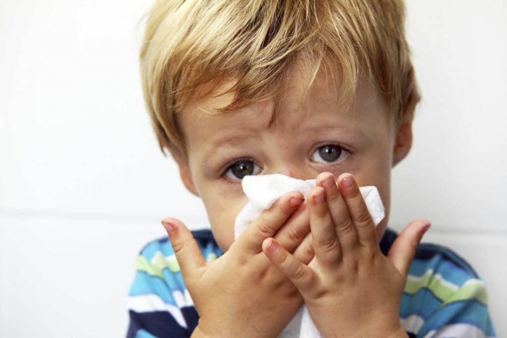 Температура кашель насморк у ребенка глаз покраснел - лор-заболевания