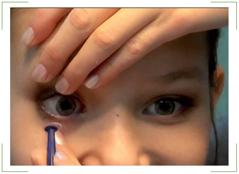 Три способа: как снимать линзы с длинными ногтями