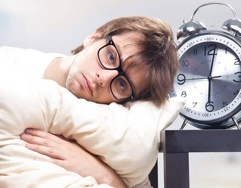 Красные глаза после сна: причины, лечение, профилактика