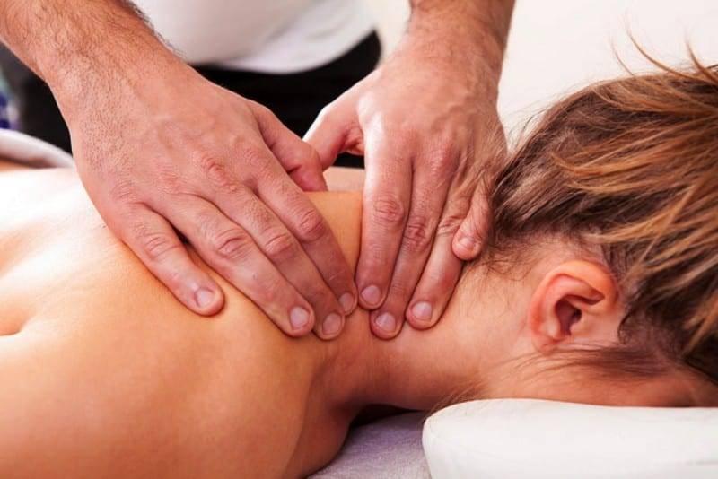 Лечебный массаж шейно-воротниковой зоны