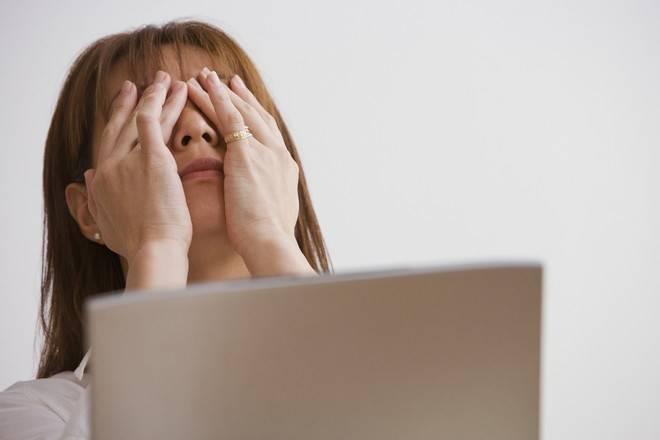 Болят глаза от компьютера: что делать?