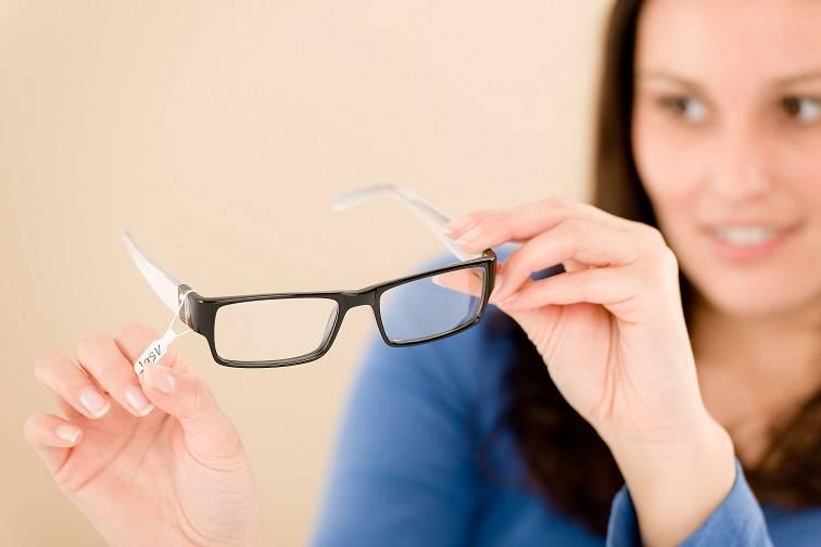 Очки при астигматизме: что это такое, как выглядят астигматические линзы, подбор без привыкания, нужно ли носить сложные, как привыкнуть