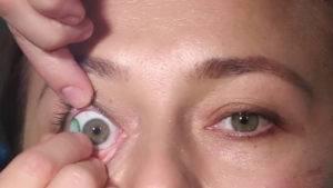 Болит голова и глаза от линз
