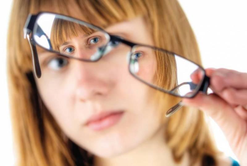 Очки при близорукости, все за и против