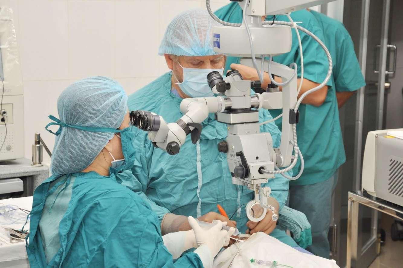 Витрэктомия: стоимость операции, отзывы, показания