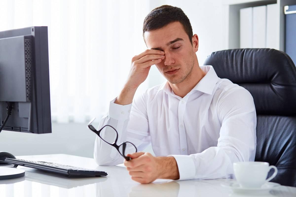Слепота внезапная - причины и лечение. можно ли ослепнуть от компьютера и телефона