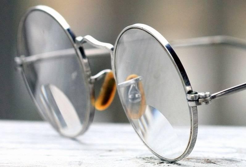 История очков как появились первые очки и кто их изобрел