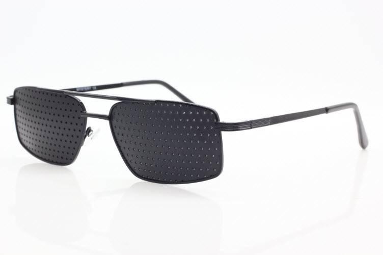 Очки с дырочками для улучшения зрения или перфорационные очки тренажеры для коррекции, инструкция по применению