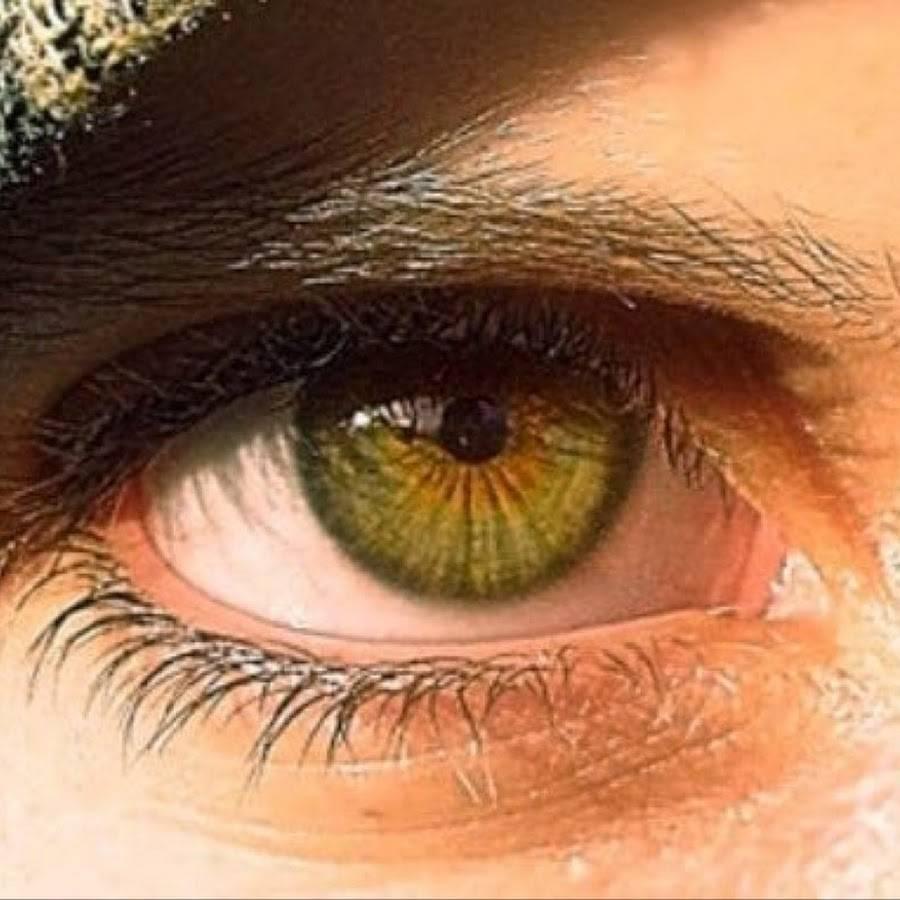 Редкий цвет глаз болотный