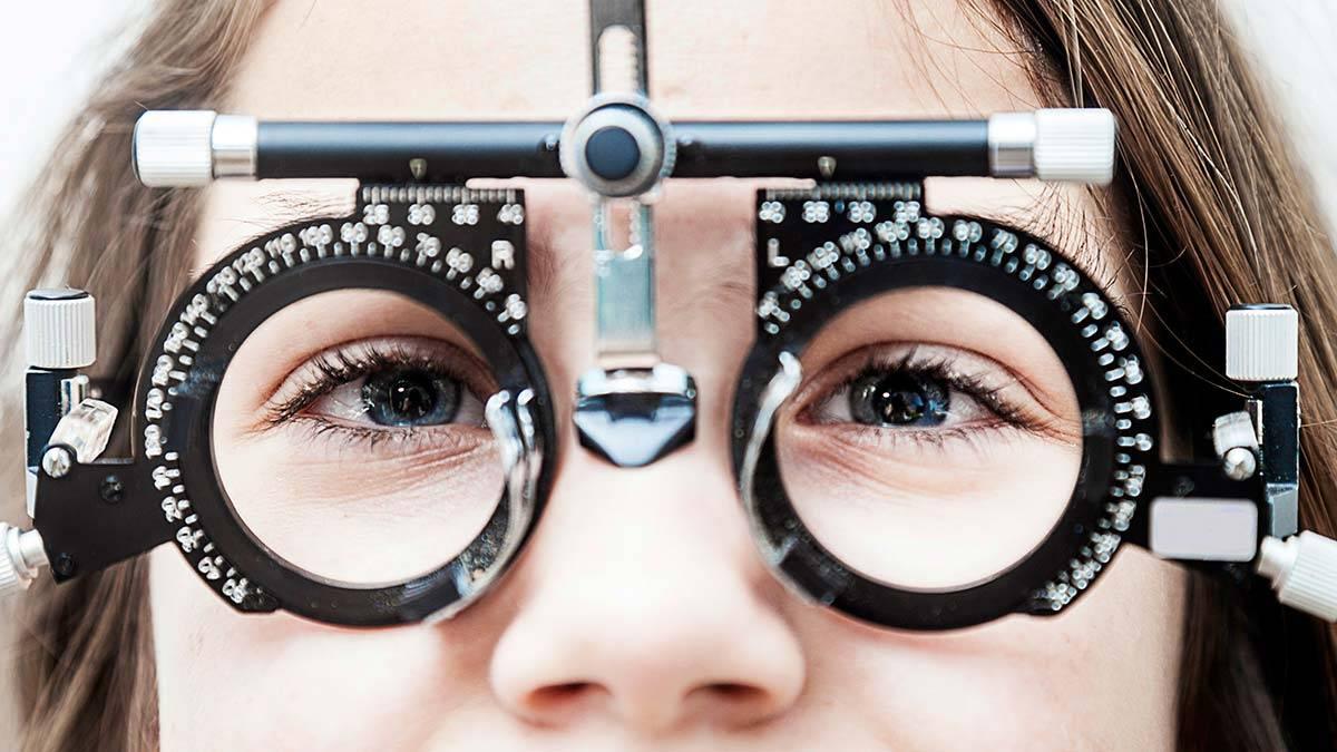 Очки для работы за компьютером: виды, правила выбора