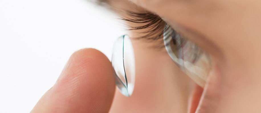 Привыкнуть к линзам: как долго длится адаптация к новым, также ночным мкл, быстро ли глаза приспособятся к астигматической контактной оптике, сколько нужно времени?