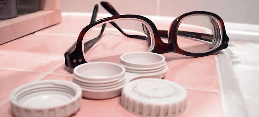 Линзы или очки что лучше: узнайте, все за и против