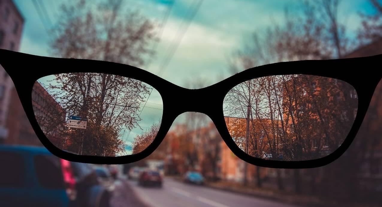 Зрение минус 5 диоптрий - как и сколько процентов видит человек, коррекция миопии средней степени очками и контактными линзами