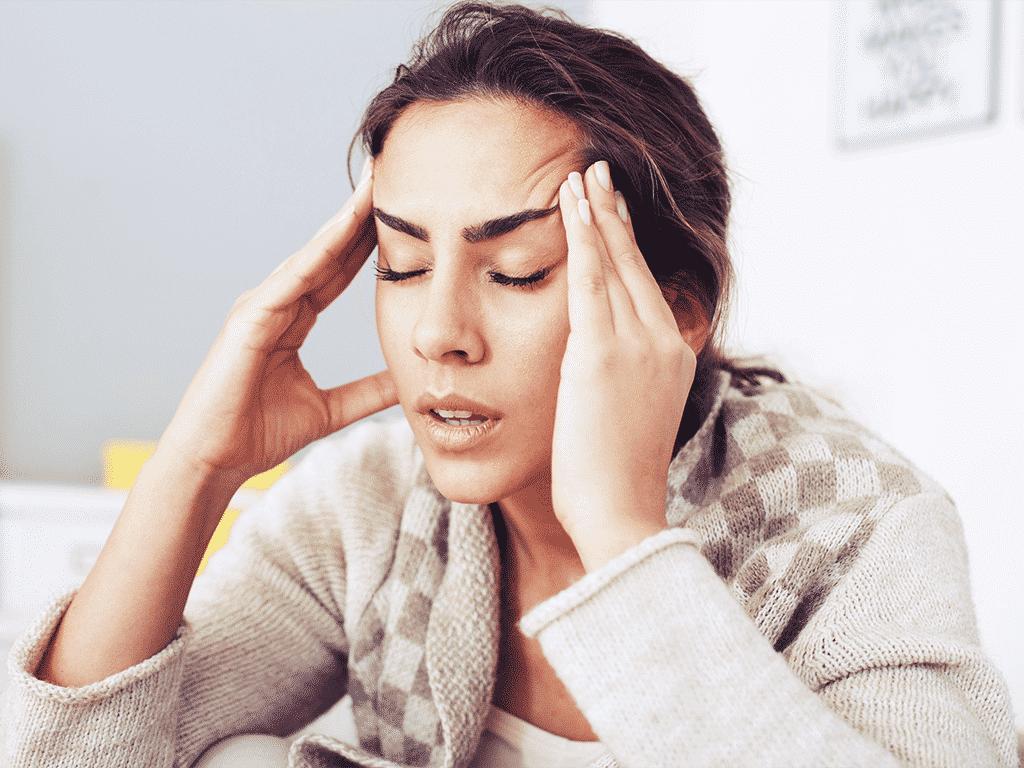 Красные глаза после сна с утра - причины и лечение