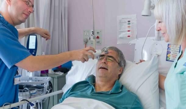 Кому нельзя, или противопоказания к операции по удалению катаракты