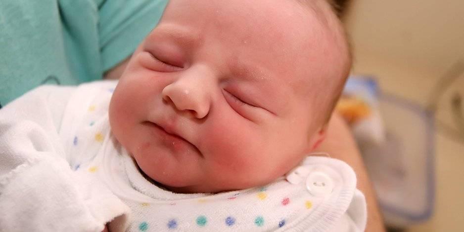 Дакриоцистит у новорожденных: 5 симптомов, 5 методов исследования и 4 подхода к лечению