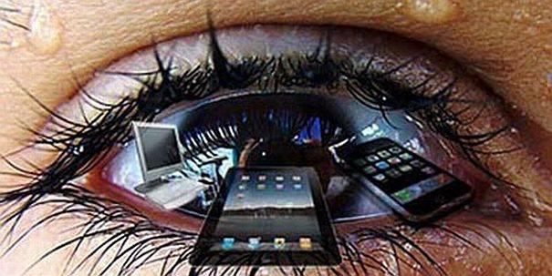 Многие любят играть и читать в смартфоне. опасен ли маленький яркий экран и как уберечь зрение