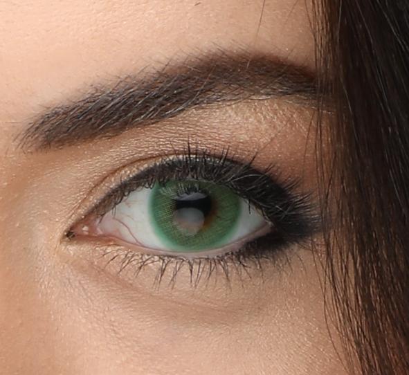 Линзы зеленые, серые и голубые – цветные контактные для глаз