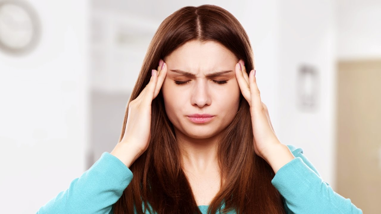 Почему мутнеет и темнеет в глазах: нормы, патология, лечение