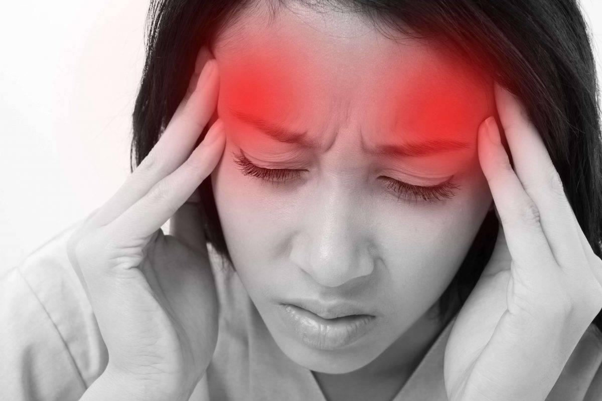 Резкое головокружение и потемнение в глазах: симптомы, причины возникновения, лечение