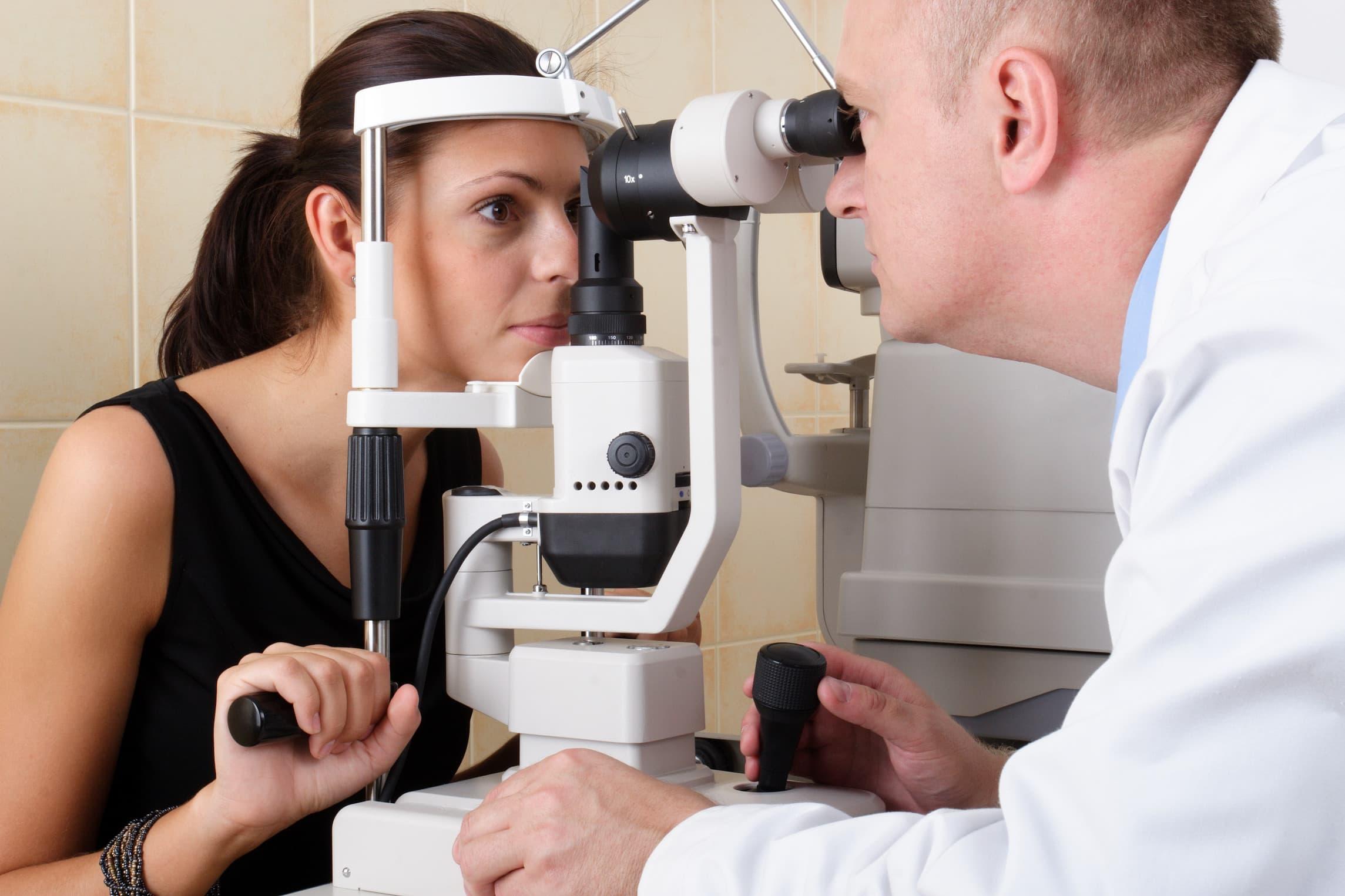 Проверка глазного дна – для чего смотрят, что показывает осмотр