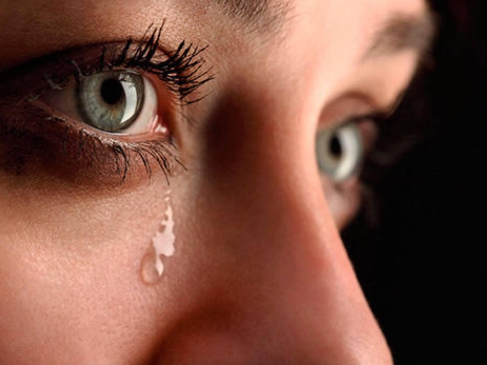 Могут ли от слез болеть глаза