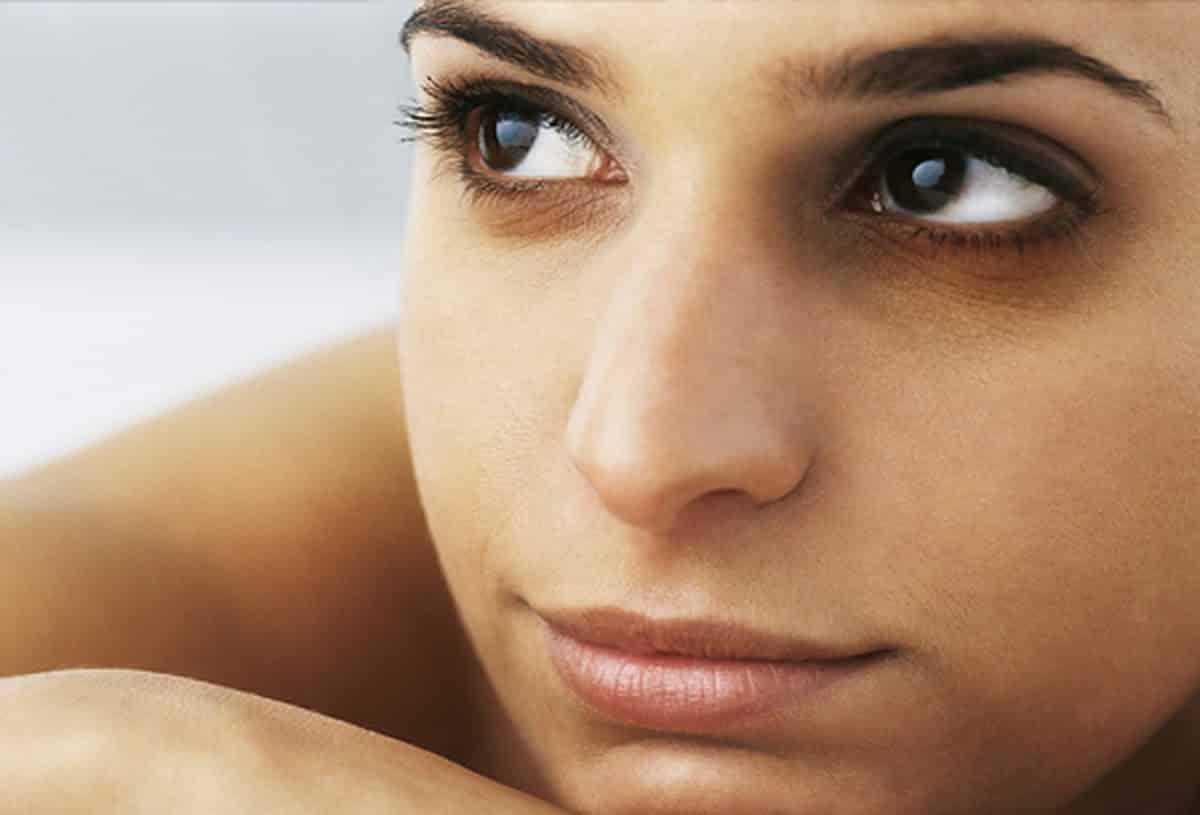 Темные круги под глазами: причины у женщин и мужчин