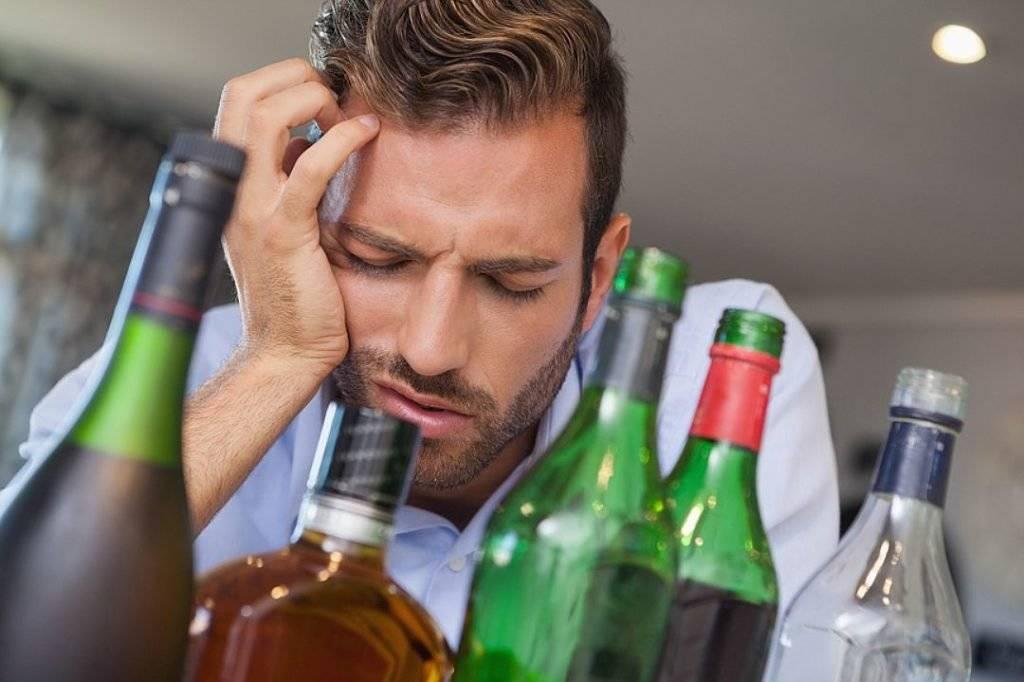 Алкоголь и зрение: почему двоится в глазах после спиртного?