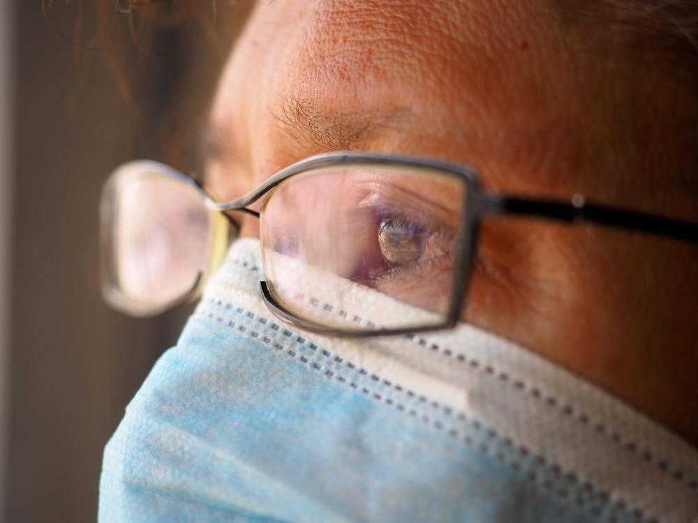 Поделитесь опытом. роды в очках или линзах?