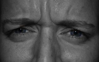 Давит на глаза изнутри: причины