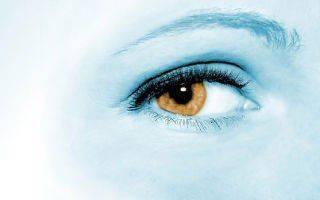 Болит глаз в уголке: что делать